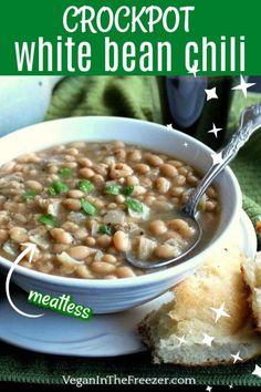 Vegetarian Barbecue, Vegetarian Soup, Vegan Soup, Vegetarian Cooking, Vegetarian Recipes, Healthy Recipes, White Bean Chili, No Bean Chili, White Beans