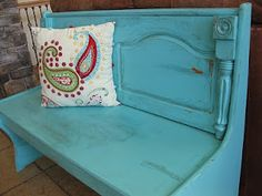{Primp}: Shabby Church Pew- I want a pew for my kitchen table!