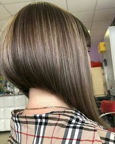 Inverted-Bob-Hair-Style Popular Bob Hairstyles 2019 - New Hair Style Modern Bob Hairstyles, Cool Short Hairstyles, Hairstyles 2018, Wedding Hairstyles, Angled Bob Haircuts, Inverted Bob Hairstyles, Box Braids Hairstyles, Short Hair Back View, Bob Back View