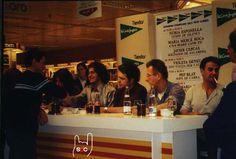 Signatura de la biografia de Sopa de Cabra al Sant Jordi del 2002