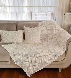 Crochet Cushions, Crochet Tablecloth, Crochet Art, Crochet Motif, Lap Blanket, Sofa Covers, Crochet Blanket Patterns, Soft Furnishings, Comforter Sets