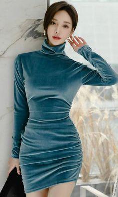 Korean Fashionista, Good Looking Women, Korean Women, How To Look Better, High Neck Dress, Bodycon Dress, Kawaii, Korean Beauty, Dresses