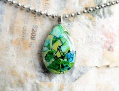 Shell Jewelry, Resin Jewelry, Beaded Jewelry, Eggshell Mosaic, Egg Shells, Turquoise Necklace, Jewelery, Blue Green, Alcohol