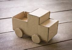 7+ Things to Make With Old Cardboard Boxes (For Kids!)
