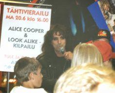 Rock´n roll photos: Alice Cooper Look alike competition 20.06.1994 @ Itäkeskus Anttila