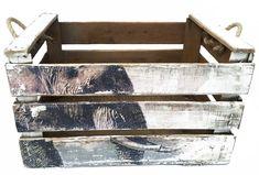 caja antigua de madera, personalizada por REinventa12