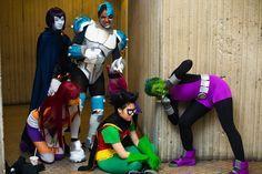 Sleeping on Patrol by SoloGrayson on DeviantArt Teen Titans Cosplay, Dc Cosplay, Teen Titans Go, Cute Cosplay, Amazing Cosplay, Best Cosplay, Cosplay Costumes, Cosplay Ideas, Amazing Costumes
