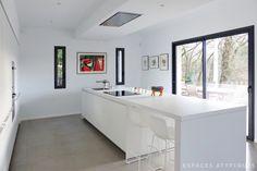 Réalisation d'une maison contemporaine près de Lyon : cuisine