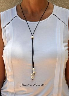 Leather and Pearl – Long Lariat Wrap – Leather Necklace – Pearl and Leather Choker – Long Pearl and Leather Necklace – Christine Chandler Leder und Perle lange Lariat Wrap Leder Halskette Leather Necklace, Diy Necklace, Leather Jewelry, Locket Necklace, Ball Necklace, Layered Necklace, Arrow Necklace, Dainty Diamond Necklace, Diamond Cross Necklaces