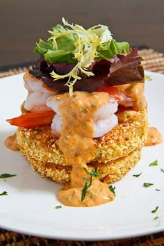 Last week a kind reader left a comment on my fried green tomatoes recipe suggesting that I try fried green tomato shrimp remoulade. I am always looking for new ways to enjoy fried green tomatoes and there is no way that you could go wrong topping them off Seafood Dishes, Seafood Recipes, Cooking Recipes, Pork Recipes, Green Tomato Recipes, Fried Green Tomatoes, Tasty, Yummy Food, Gastronomia