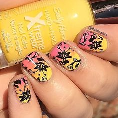 Here is my final look for my May @cutegirlshairstyles blog post (clickable link in bio). I used an inexpensive artist's fan brush to create this pink and yellow gradient using @sallyhansenca XtremeWear in Bubblegum Pink and Mellow Yellow. And then of course I stamped over it!!!  Such a great look for spring/summer!