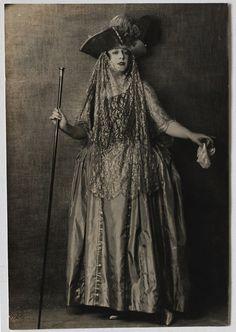 "À rebours - sydneyflapper: ""Venetian"" costume, Old Photography, Roaring Twenties, Masquerade Ball, Goth, Venetian, Costumes, Celebrities, Fashion, Gothic"