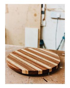 I have thoroughly enjoyed my recent out of hours project, creating this delightful pizza board - constructed from a combination of birch plywood and sapele mahogany, finished with Osmo top oil.
