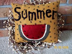 Your place to buy and sell all things handmade Applique Pillows, Wool Applique, Watermelon Quilt, Primitive Pillows, One In A Melon, Floor Cloth, Bowl Fillers, Penny Rugs, Sewing Projects