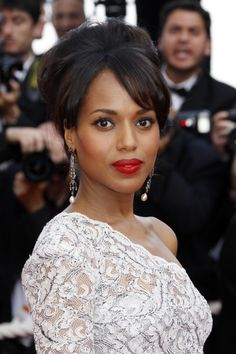 Kerry Washingtons elegant updo hairstyle