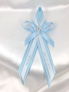 The Oneness Candle Event is a popular selection for both holy and non-religious places because it is non-denominational and most definitely has no holy. Baptism Boy Favors, Baptism Candle, Baptism Ideas, Boy Christening, Baby Baptism, Decorated Clothes Pins, Ribbons Galore, Fall Wedding Centerpieces, Greek Wedding