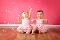 Bubbles + babies = Adorable