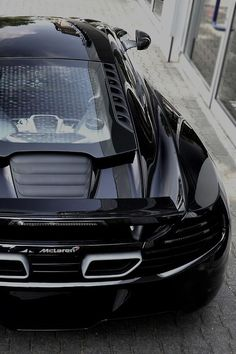 Exquisite McLaren MP4-12C - click on this beauty to win $250!