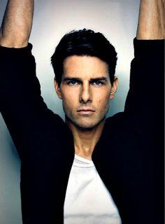 Tom Cruise Talks *Valkyrie* and Suri and Katie Holmes Tom Cruise, Katie Holmes, Hollywood Icons, Hollywood Stars, Nicole Kidman, Toms, Raining Men, Attractive Men, My Guy