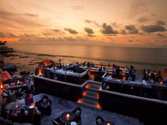 Best Bali sunset bars to visit -   Canggu / Seminyak / Jimbaran Bay / Bingin / Uluwatu's / Nusa Dua