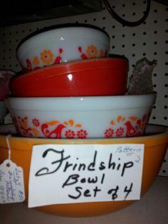 "Vintage bowls ""Friendship Pattern"""