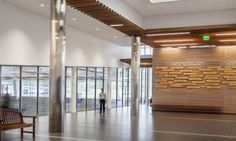 Honoring the architectural palette at Middlebury College, Virtue Field House (Design: Sasaki Associates)