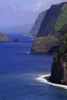 Big Island Cliffs, #Hawaii, USA