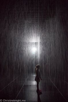 Rain Room Melbourne Travel Articles, Travel Advice, Travel Ideas, Travel Inspiration, Travel Tips, Bad Photos, Cool Photos, Rain Photography, Travel Photography
