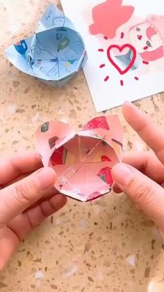 Diy Crafts Hacks, Diy Crafts For Gifts, Creative Crafts, Diy Projects, Easy Crafts, Cool Paper Crafts, Paper Crafts Origami, Diy Paper, Instruções Origami