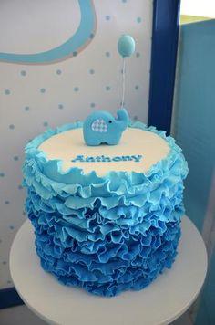 Una preciosa tarta para un bautizo / A lovely cake for a baptism party