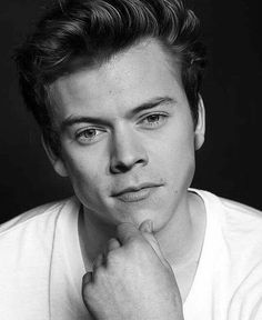 He'S so prettyyyyy one direction harry, love him, harry styles face, harry styles