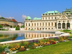 DYD Best Vacation Migmaging: Viena Austria Cheap Flights and Hotel Packages Oh The Places You'll Go, Places To Travel, Places To Visit, Travel Destinations, Wonderful Places, Beautiful Places, Palacio Imperial, Cheap Flights And Hotels, Lowest Airfare