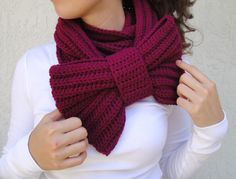 Magenta Crocheted Bow Infinity Scarf. Someone learn how to make this for me please :-)
