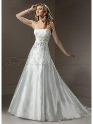 Organza A-line Strapless Neckline Wedding Dress