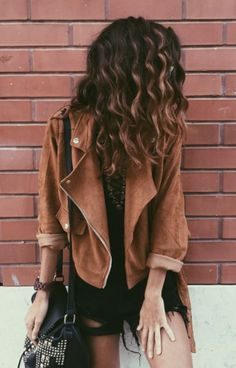 Are you looking for stylish fall outfit 2018 that are excellent for fall? See our collection full of fall fashion outfits Fashion Mode, Look Fashion, Fashion Beauty, Autumn Fashion, Gypsy Fashion, 90s Fashion, Swag Fashion, Fashion Shoes, Fashion Outfits