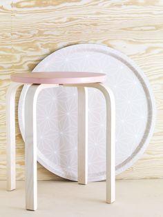 Las ideas llegan mejor estando sentados. Eso está claro. Colección sillas y taburetes de Ikea
