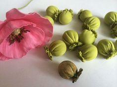 Мы нашли новые Пины для вашей доски «Цветы из фома». • larisataschi@ukr.net