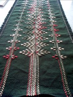 Extra Long Green Table Runner by NeenersWeaving on Etsy
