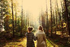 Wandelen door het bos.