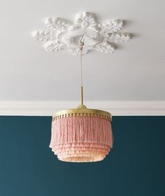 Retro fringe lamp