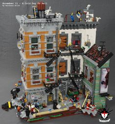 Can you solve the murder mystery? Barthezz Brick constructed a scene filled with mystery and delight, and full of great blighted architectural details. Casa Lego, Lego Zombies, Apocalypse, Amazing Lego Creations, Lego Craft, Lego Construction, Lego Modular, Lego Worlds, Lego Design