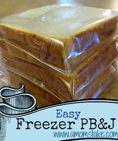 Freeze your PB&J sandwiches to speed up your morning prep! Come see how! #Kids #Lunch