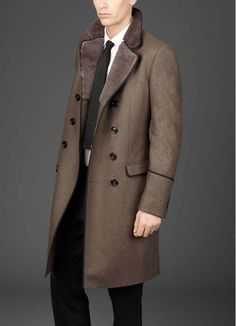 1920s Mens Fashion Topcoats With Fur Collar Celebrity Inspired Style