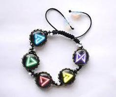 Výsledek obrázku pro witcher bracelet