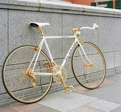 As a beginner mountain cyclist, it is quite natural for you to get a bit overloaded with all the mtb devices that you see in a bike shop or shop. There are numerous types of mountain bike accessori… Stine Und Stitch, Pinterest Foto, Velo Retro, Cycling Art, Cycling Quotes, Cycling Jerseys, Cycling Bikes, Pt Cruiser, Fixed Gear
