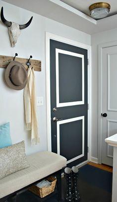 A front door refresh using Benjamin Moore Wrought Iron. | chatfieldcourt.com