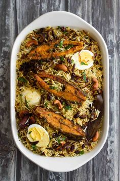 Aromatic and Flavorful… An Authentic Kerala Style Fish Biriyani with Spices, Fresh Herbs & Coconut milk…! Fish Recipes, Seafood Recipes, Indian Food Recipes, Soup Recipes, Vegetarian Recipes, Cooking Recipes, Ethnic Recipes, Cooking Fish, Kerala Recipes