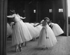 Vintage photogra of ballet dancers - A performance in London, 1943.