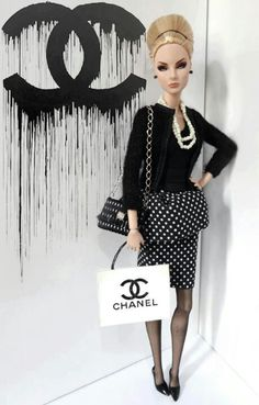 It's not fair a doll is adorn in Chanel and I'm not!   :-(  lol