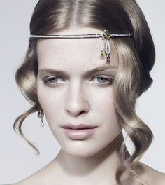 Haute Couture: Chaumet hair necklaces